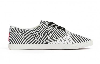 Bucketfeet Kinetic Canvas Lace-up Shoes